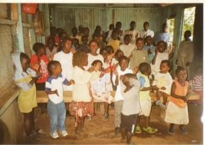 james-waiya-church-children-singing-praises